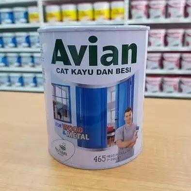 Avian Cat Kayu dan Besi