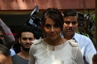 Bollywood Actress Bipasha Basu Unviels Health Nutrition Success Issue Pos  0021.JPG