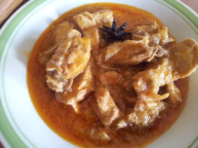 Ayam Masak Merah Dan Bubur Pedas