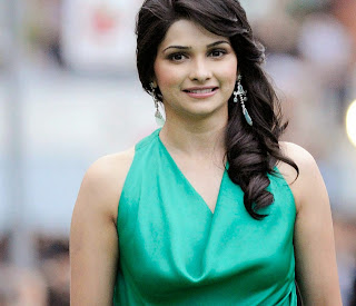 Prachi Desai  IMAGES, GIF, ANIMATED GIF, WALLPAPER, STICKER FOR WHATSAPP & FACEBOOK