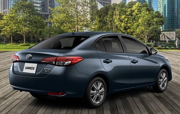 Toyota Yaris Sedán 2020