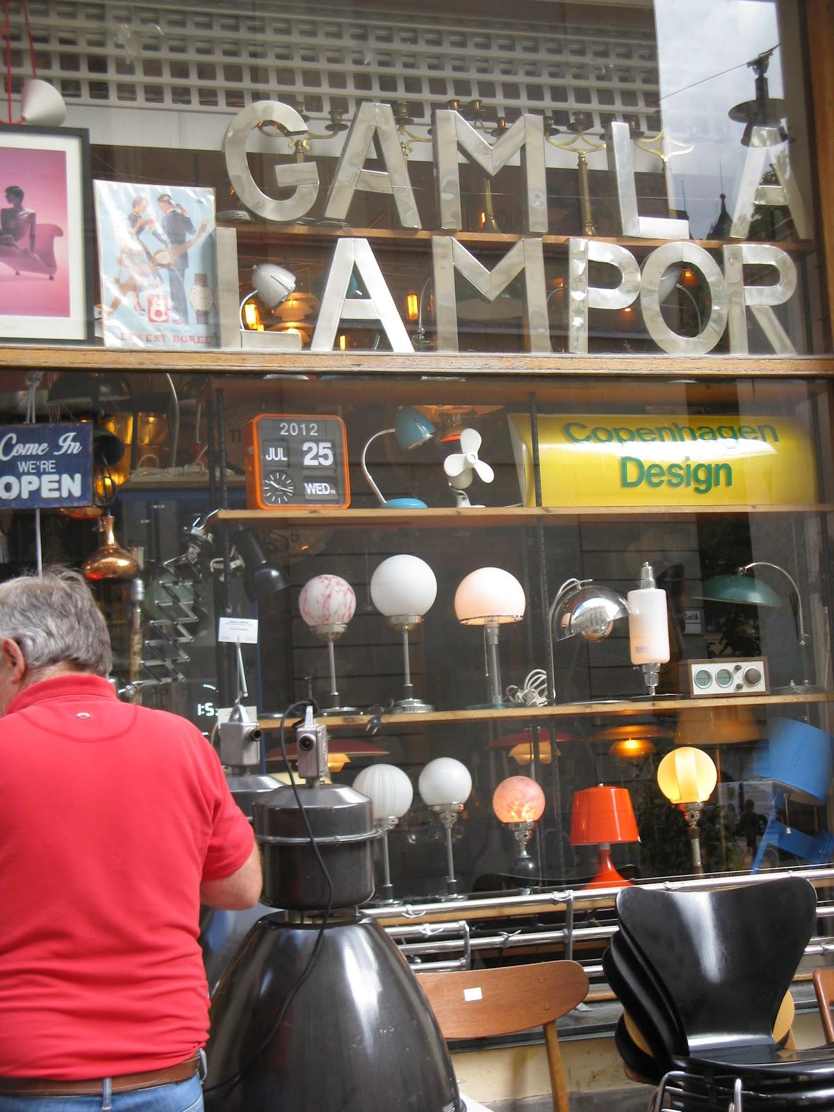 Vintagebutiken.se: Gamla lampor...