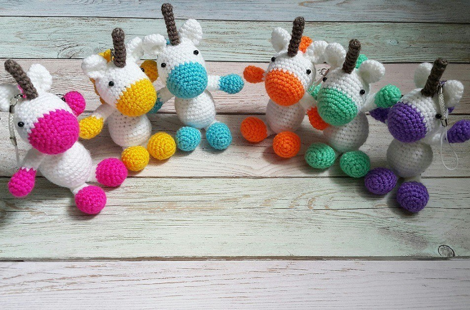 Crochet unicorn pony amigurumi pattern