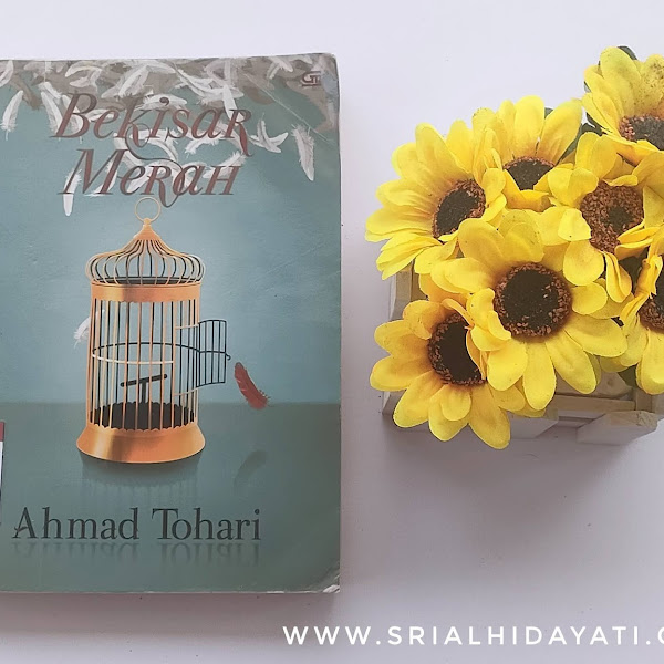 Review buku: Novel Bekisar Merah - Ahmad Tohari