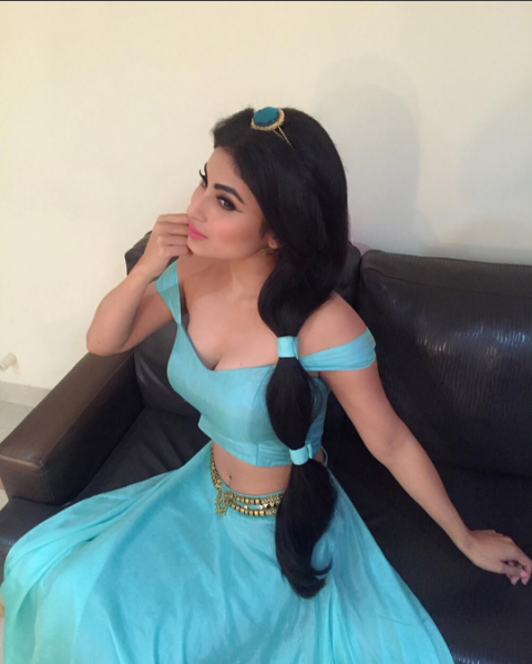 Mouni Roy Recently Uploaded S3xy Pics On Instagram! They Are