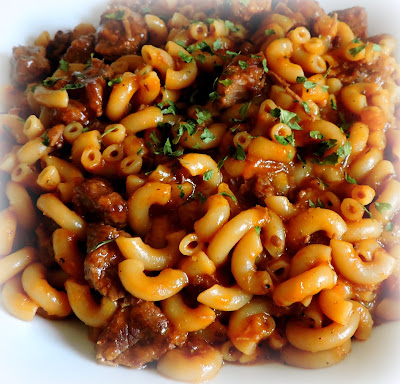 stewed steak and macaroni
