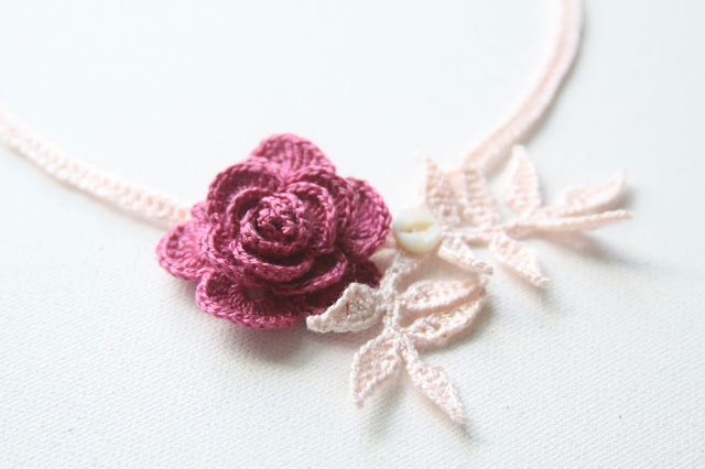 crochet, roses, crocheted rose, crocheted rose necklace, crocheted jewelry, Anne Butera, My Giant Strawberry
