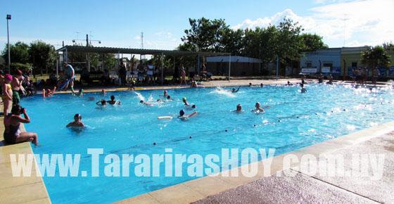 Tararirashoy la actividad sum piscina se realiz en for Piscina xirivella horario 2017