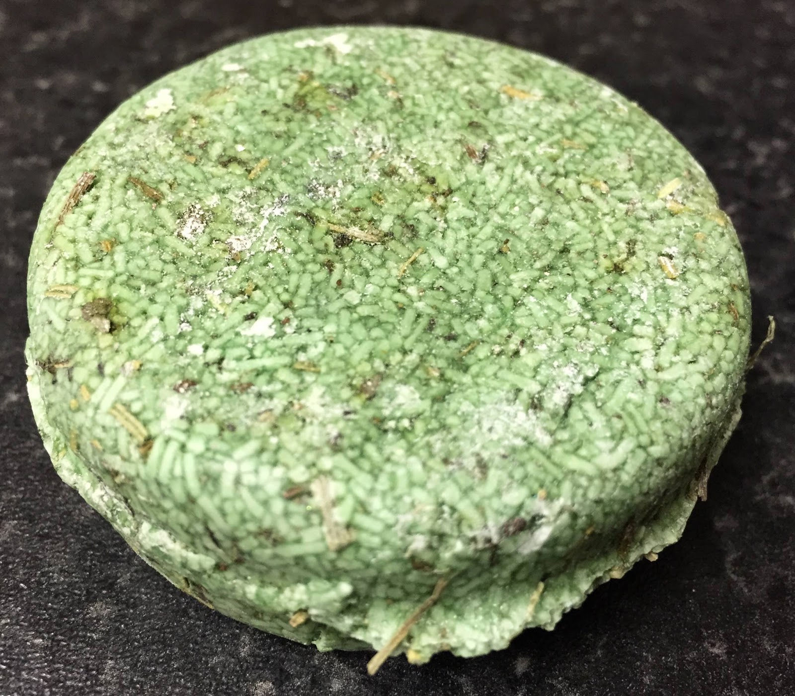 All Things Lush UK: Squeaky Green Solid Shampoo