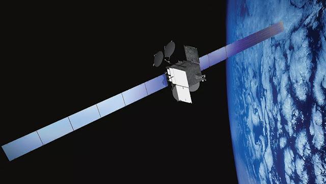 Un satélite estadounidense sale de órbita tras el riesgo de que exploten sus baterías y dañe la tecnología espacial vecina