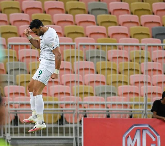 فوز الأهلي على الفيصلي في الجولة السادسة من الدوري السعودي