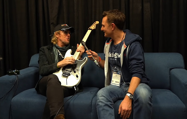Adrian Smith fala sobre Eddie Van Hallen e suas influências musicais