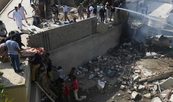 Pakistan AirCrash: Rescue Operations on
