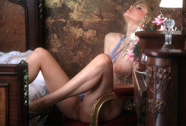 Mainstream Erotica 29