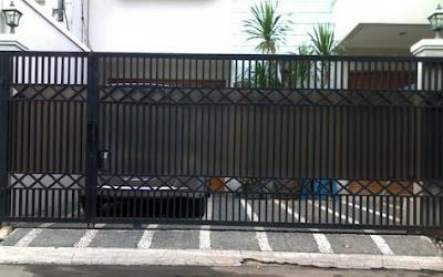 pagar rumah dari besi