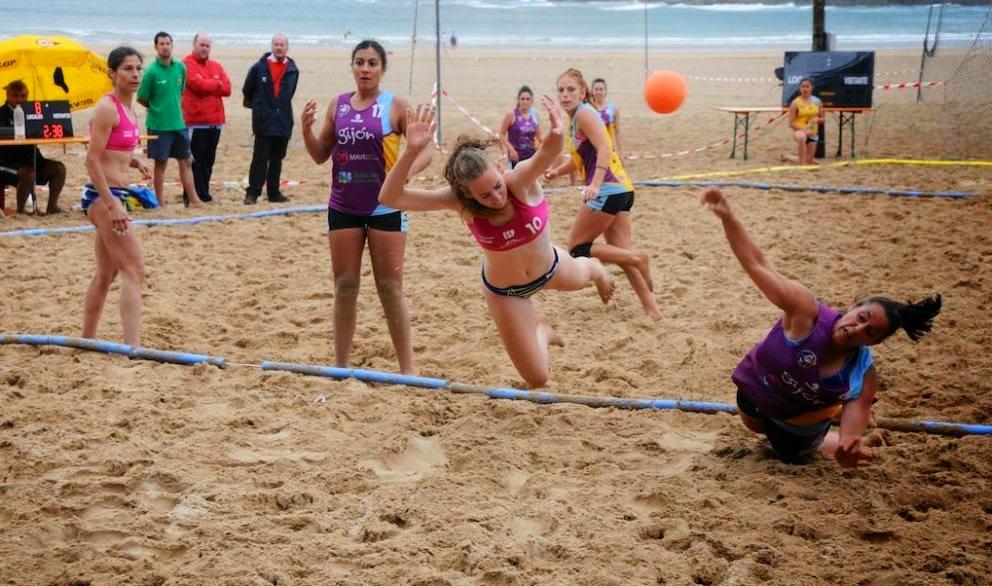 No a la obligatoriedad del uso de bikinis en el beach Handball | Mundo Handball