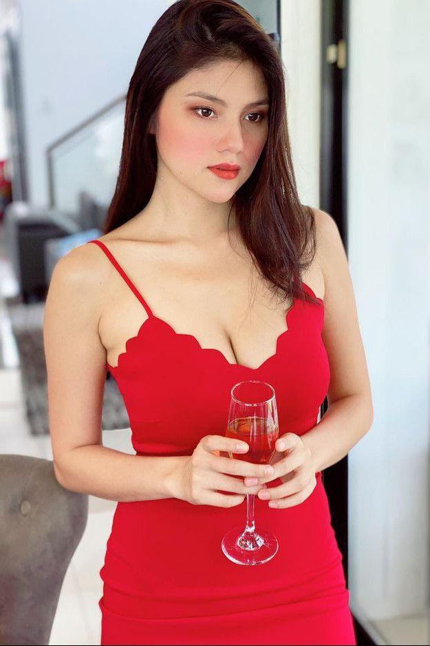 Big Boobs Ana Jalandoni - Hot and Sexy Beautiful Busty