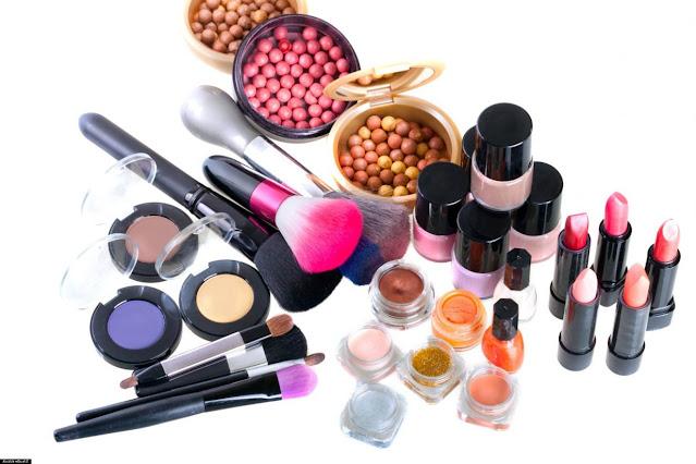 Cara Menjaga Agar Kosmetik Tetap Aman