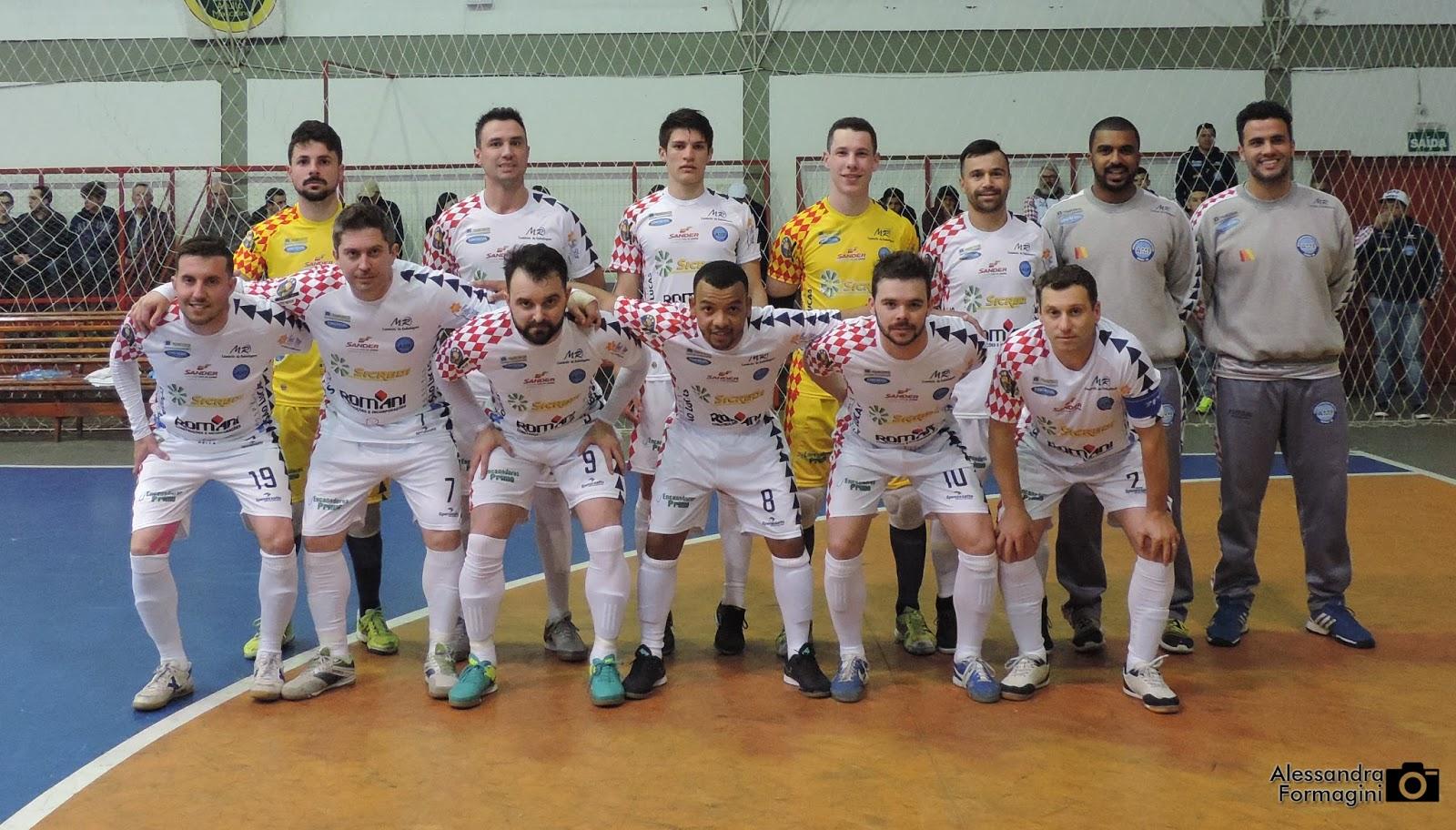 Associação Marauense de Futsal - AMF  Estrela do goleiro Felipe ... b0ff55b8330cd