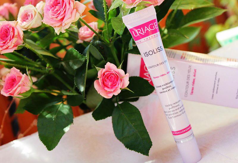 Отзыв: Изолисс уход для контура глаз (роликовый) Uriage Isoliss 1st Wrinkles.