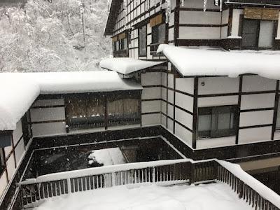 雪の貝掛温泉