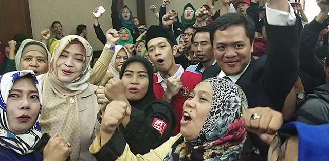 Beri Dukungan Moral, Fahira Idris Dan Habiburokhman Hadir Di Sidang Vonis Lutfi Alfiandi