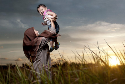 Contoh Teks Deskripsi Tentang Ibu | Bahasa Indonesia Kelas VII Revisi