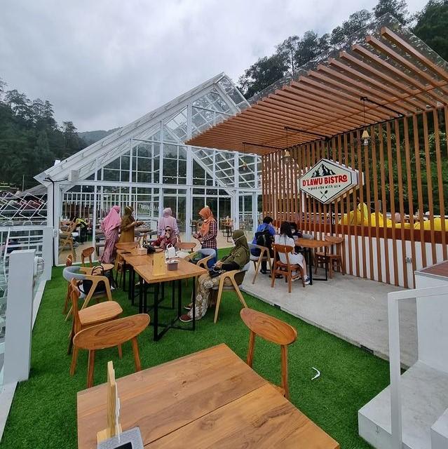 D'Lawu Bistro Tawangmangu Harga Menu, Daya Tarik dan Lokasi