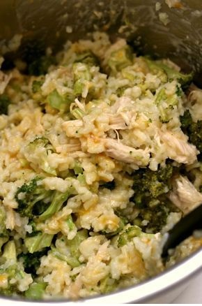 Instant Pot Cheesy Broccoli Rice
