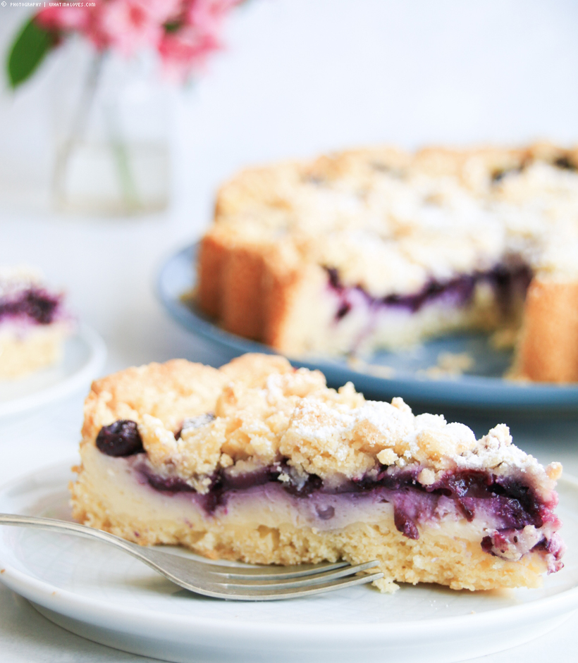Blaubeer-Streuselkuchen mit Puddingcreme | whatinaloves.com
