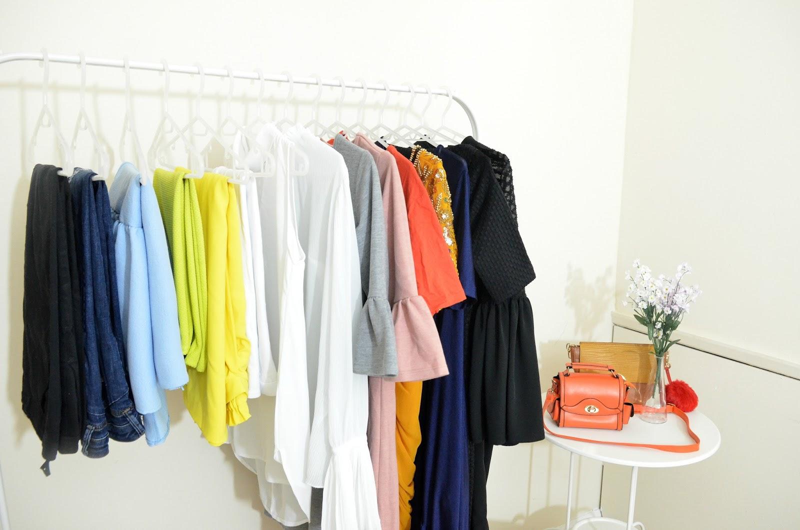 simple capsule wardrobe