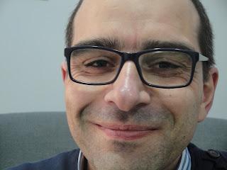 Retomar a toma da pílula contraceptiva com ajuda de Carlos Edgar