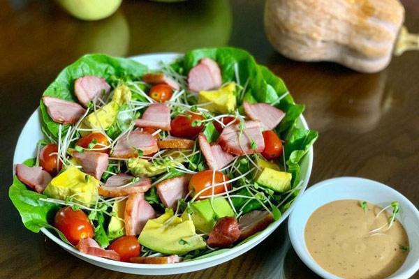 lườn ngỗng trộn salad