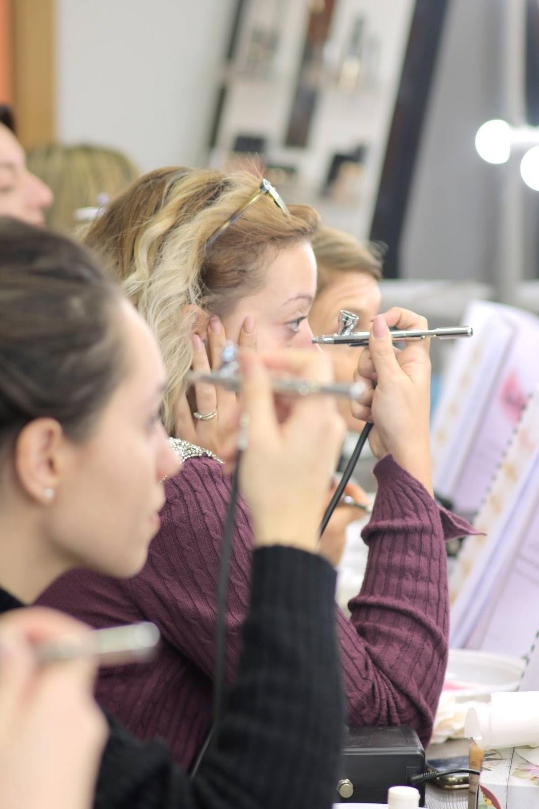 The Airbrush Makeup Guru