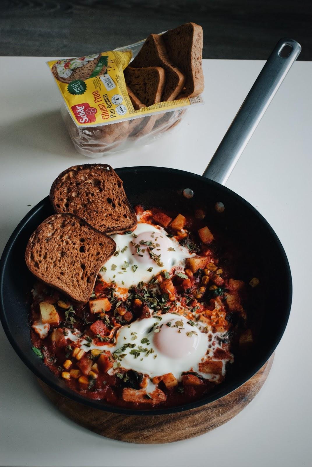Łatwa szakszuka z pomidorami