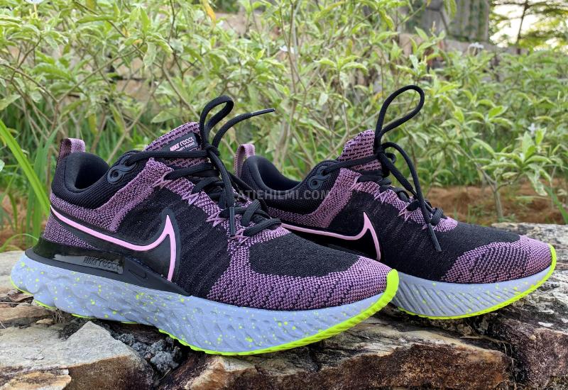 Kasut Lari Nike