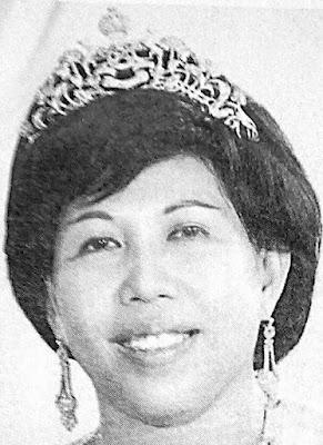 diamond tiara kelantan queen tengku zainab raja perempuan malaysia