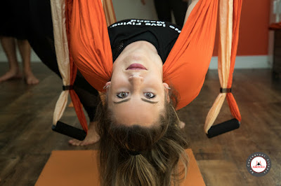aero yoga, air yoga, aerial yoga, yoga aereo, madrid, españa, fly, flying, gravity, supension, teacher training, formacion, aeropilates, pilates aereo, cursos\