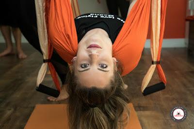 aero yoga, air yoga, aerial yoga, yoga aereo, madrid, españa, fly, flying, gravity, supension, teacher training, formacion, aeropilates, pilates aereo, cursos\