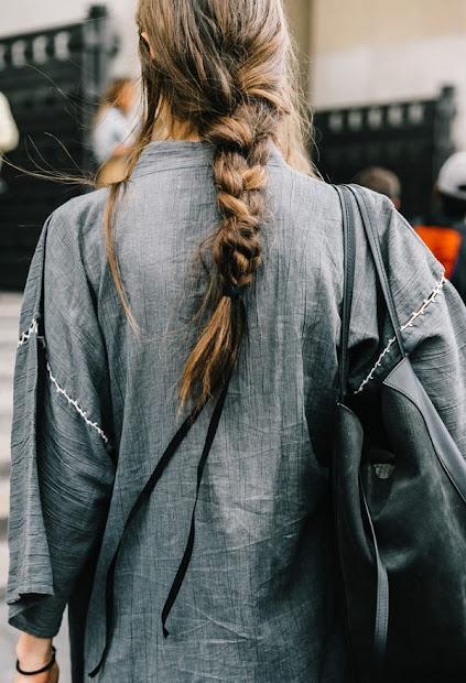 express- black ribbon hair tweak