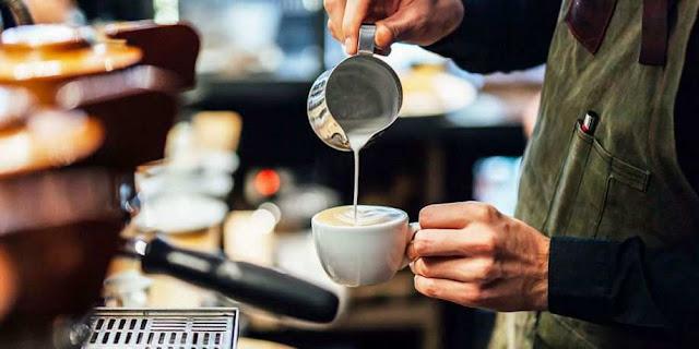 Ζητείται άτομο για εργασία σε cafe και mini market