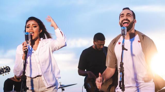 Callazans e Julia Vitória cantam no novo single: Tu És Rei