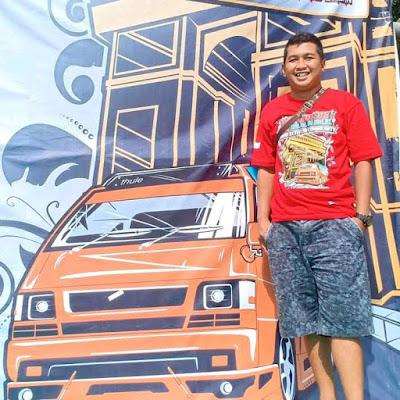 Support Kaos Acara L300
