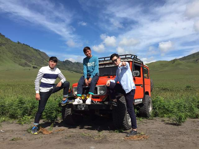 Mount Bromo Midnight Tour Package 2020