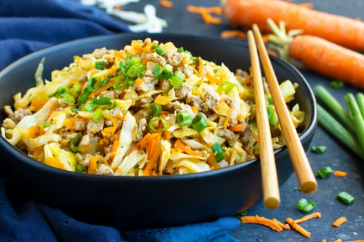 EGG ROLL IN A BOWL #dinner #yummy #familyfood #eggroll #delicious