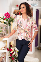 Sacou elegant cu imprimeu floral roz