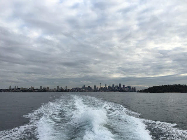 Sydney - Hop On Hop Off Harbour Cruise