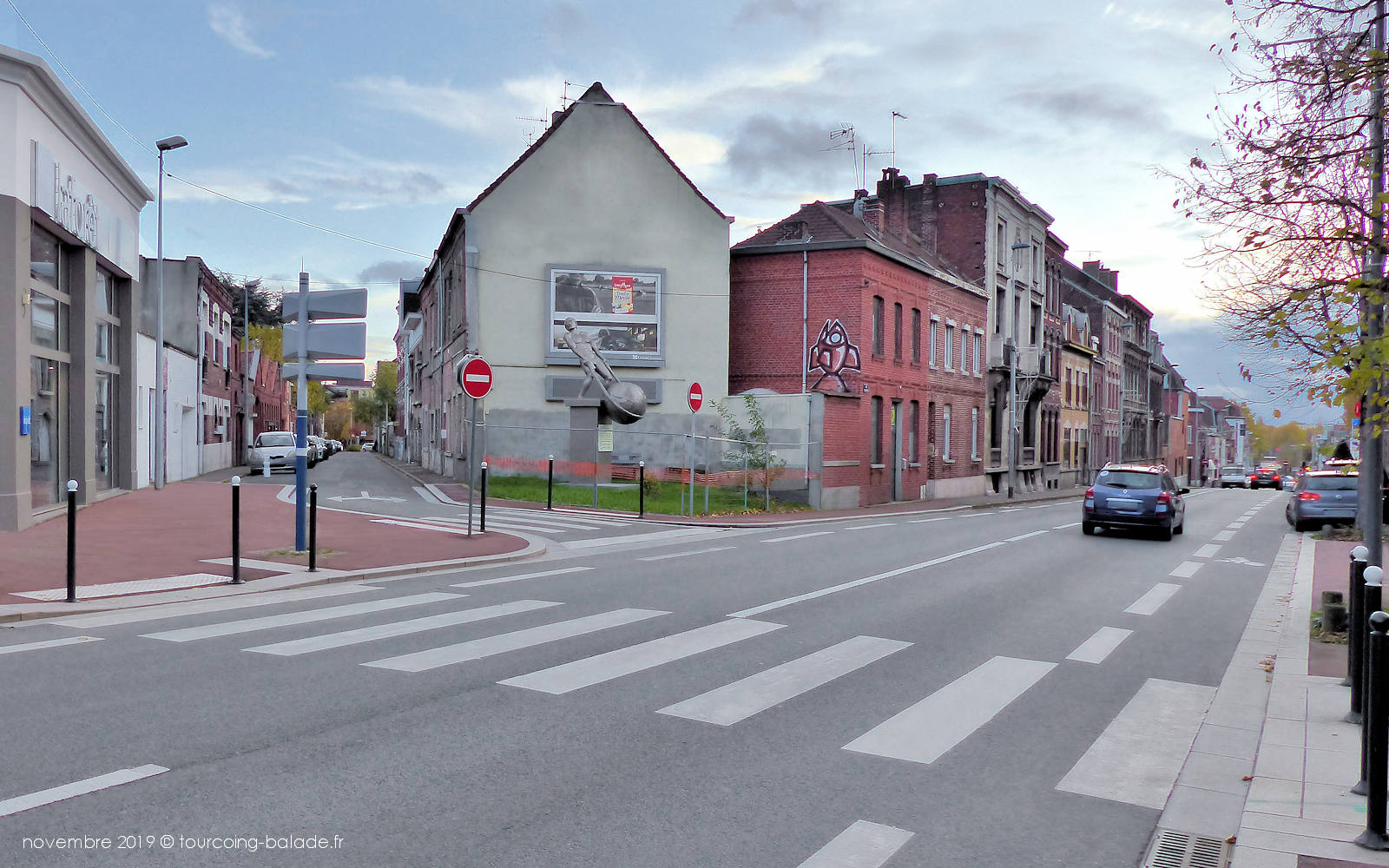 Rue Faidherbe, Tourcoing - Sculpture Enzus.