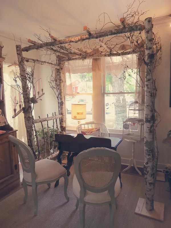 25 Fantastically Retro And Vintage Home Decorations: La Fleur Vintage: Under The Arbor