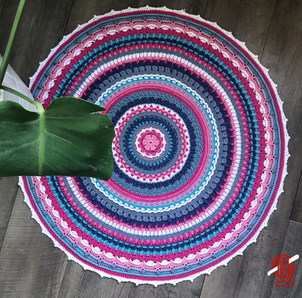 Decorative Crocheted Mandala made with a Classic Style - Free Pattern